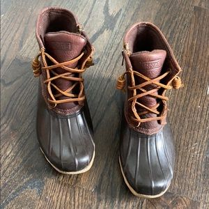 Sperry Duck Boots Brown size 6